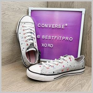 🦋Converse Chuck Taylor All Star Lace Up Ox Junior